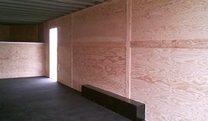 gooseneck-trailer-interior-with-tred-extreme-flooring