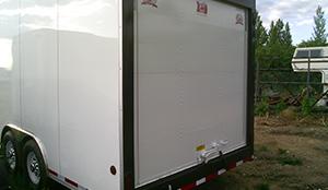 enclosed-rear-door-trailer