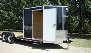 trailer-side-walk-in-door