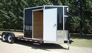 trailer-side-walk-in-door