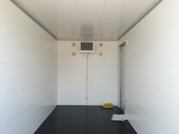 refrigeration-trailer-enclosed